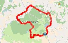 Randonnée autour de Mézangers: Circuit de la pierre, l'eau, la forêt et le fer