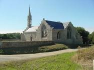 Le Guilvinec c�t� pierre - Chapelle, fontaine, four � pain, menhir, chateau de Kergoz