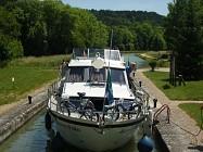 Lézinnes, entre Canal et Armançon
