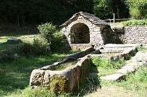 Les Fontaines Voûtées