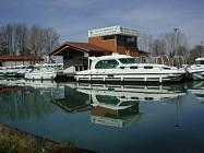 Buzet, un port entre Canal et Baïse