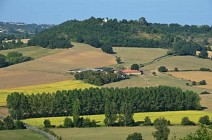 Beauville, village promontoire sur la vallée de la Séoune