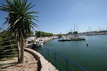 Le tour de Port Saint Louis du Rhône - La ville où la terre est spectacle